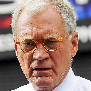 NEW YORK - AUGUST 24:  Television host David Letterman tapes show segment at the Ed Sullivan Theater on August 24, 2009 in New York City.  (Photo by Ray Tamarra/Getty Images)