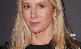 Mira Sorvino priznala da je još jedna od žrtava medijskog mogula Harveyja Weinsteina