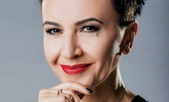 Amira Medunjanin : Iz iskustva znam da muzika može mijenjati svijet. Samo je potrebno iskreno vjerovati (VIDEO)