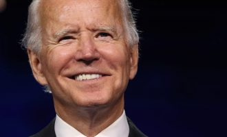 """Biden se obratio Amerikancima : """"Imamo ozbiljnih problema, ne trebamo više gubiti vrijeme na stranačke ratove. Protivnici smo, ali nismo neprijatelji"""""""